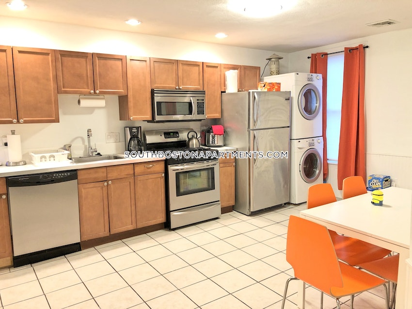 BOSTON - SOUTH BOSTON - ANDREW SQUARE - 4 Beds, 2 Baths - Image 5