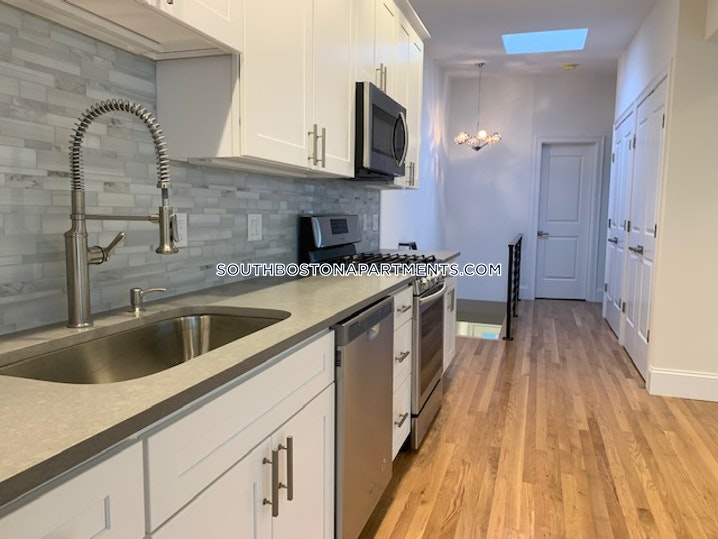 BOSTON - SOUTH BOSTON - EAST SIDE - 4 Beds, 3 Baths - Image 3