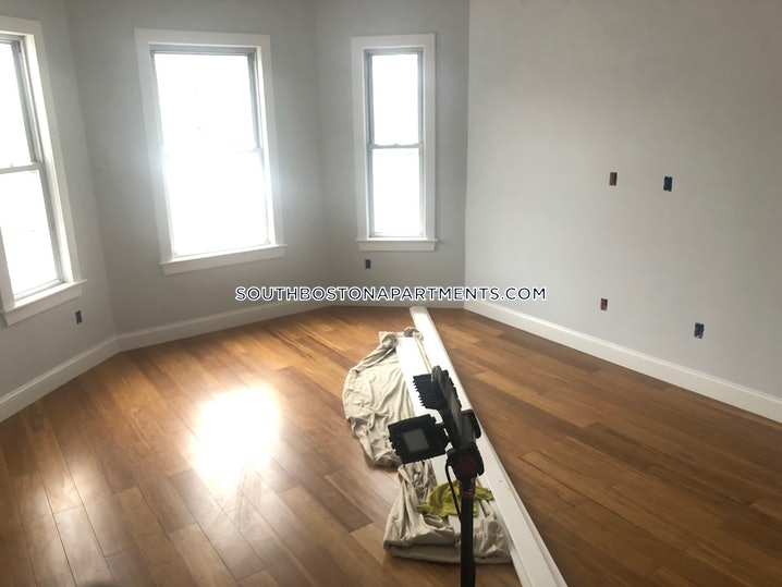 Boston - South Boston - East Side - 3 Beds, 1 Bath - $3,500
