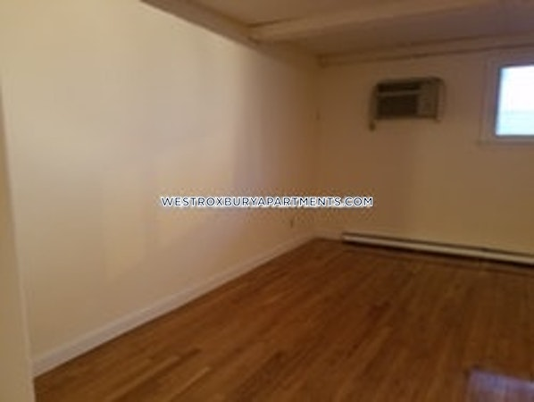 West Roxbury Apartment for rent 2 Bedrooms 1 Bath Boston - $1,850