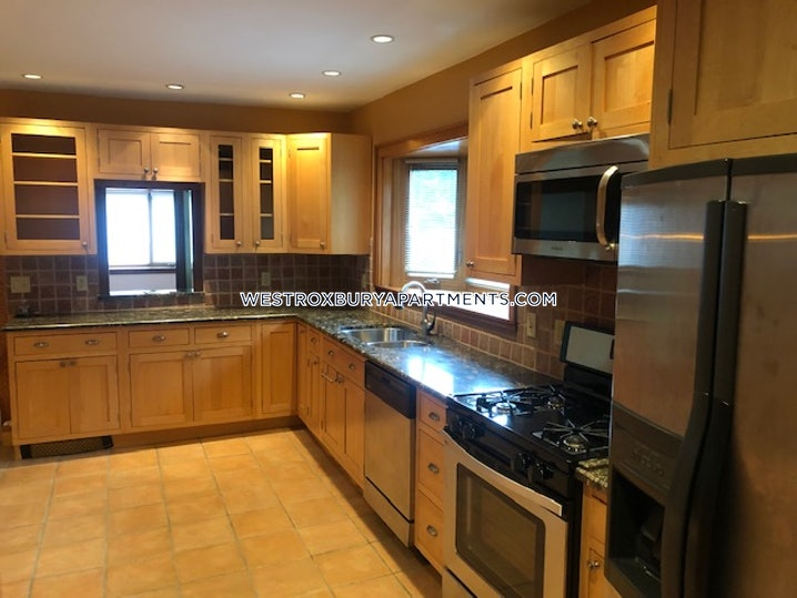 Boston - West Roxbury - 3 Beds, 1 Bath - $2,690
