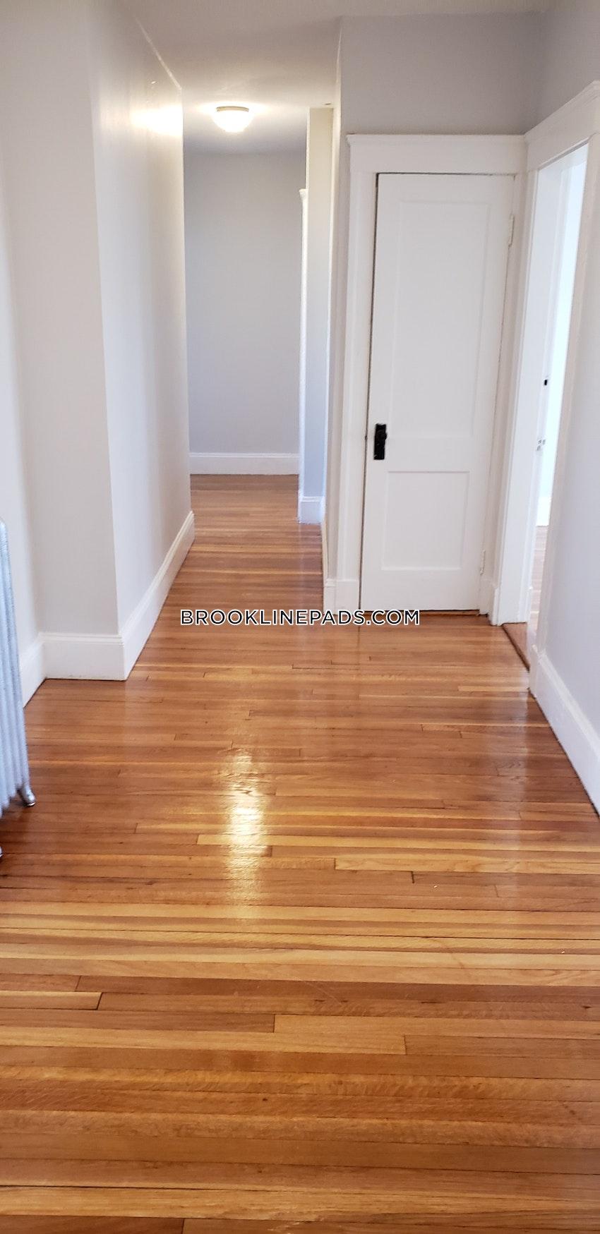 BROOKLINE- BOSTON UNIVERSITY - 4 Beds, 1.5 Baths - Image 16