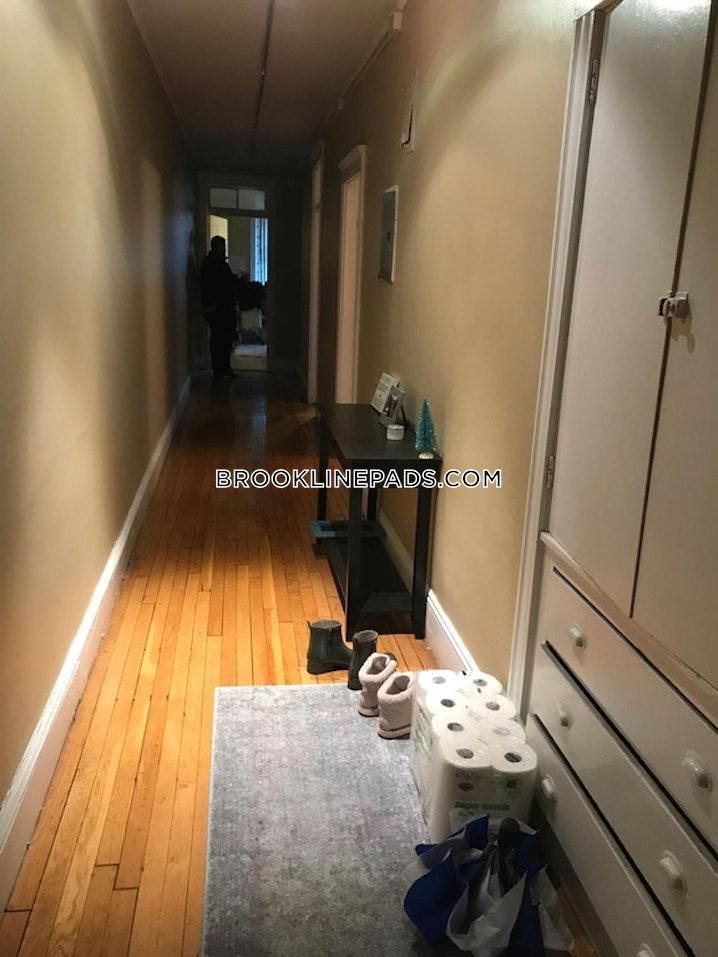 Brookline- Boston University - 2 Beds, 1 Bath - $3,025