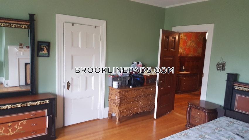 BROOKLINE- NORTH BROOKLINE - 4 Beds, 1 Bath - Image 6