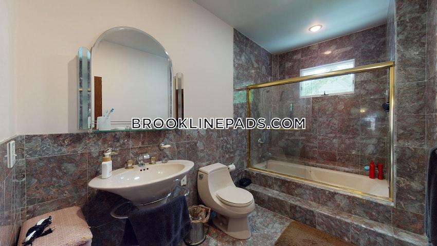 BROOKLINE- BOSTON UNIVERSITY - 3 Beds, 1 Bath - Image 11