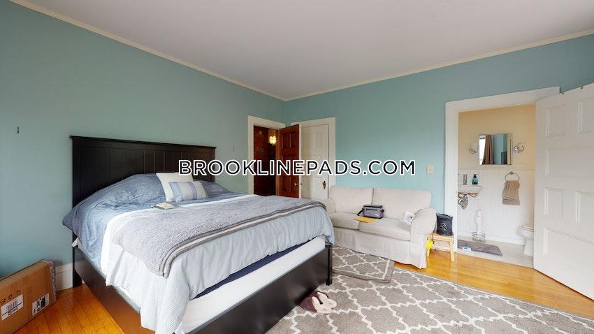 BROOKLINE- BOSTON UNIVERSITY - 3 Beds, 1 Bath - Image 2