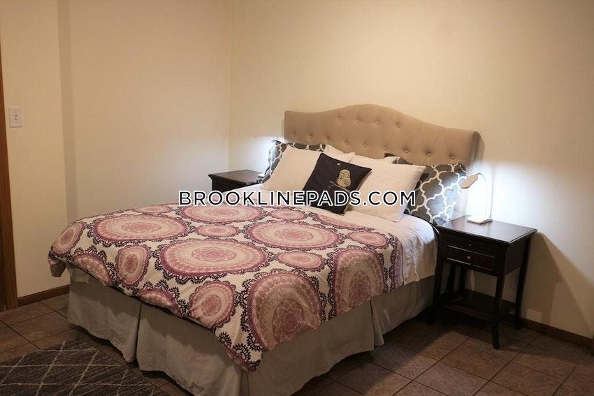 BROOKLINE - CHESTNUT HILL - 6 Beds, 3 Baths - Image 2