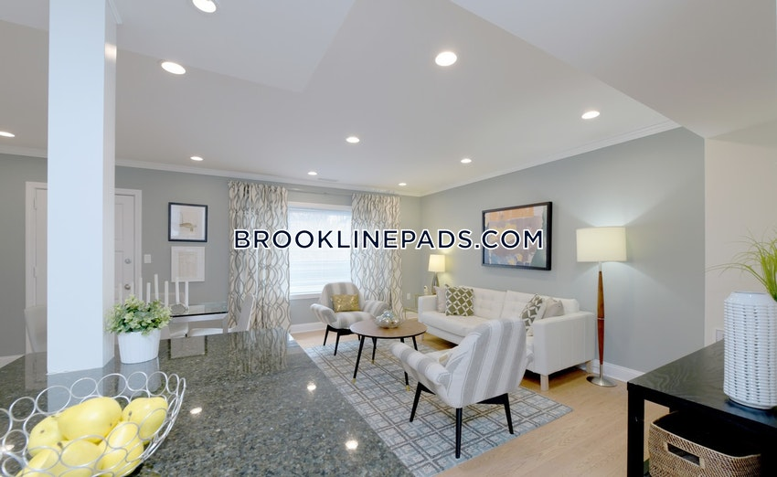 BOSTON - WEST ROXBURY - 2 Beds, 1 Bath - Image 1