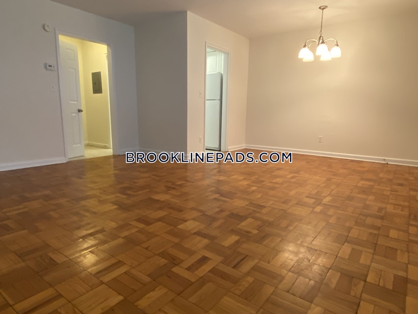 BOSTON - WEST ROXBURY - 2 Beds, 1 Bath - Image 9