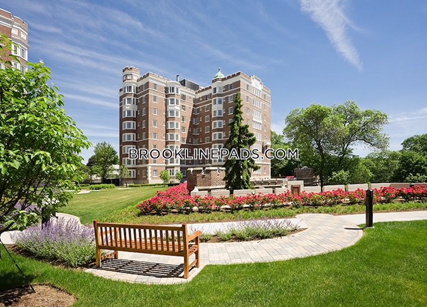 BROOKLINE- LONGWOOD AREA - 1 Bed, 1 Bath - Image 23