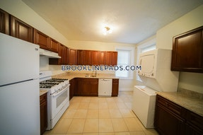 Brookline Apartment for rent 2 Bedrooms 1 Bath  Washington Square - $2,800