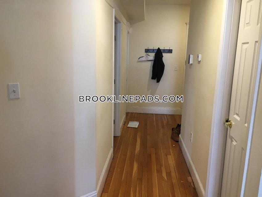 BROOKLINE- WASHINGTON SQUARE - 4 Beds, 2 Baths - Image 10