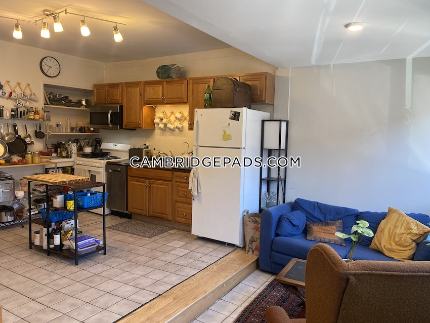 CAMBRIDGE - KENDALL SQUARE - 4 Beds, 1 Bath - Image 6
