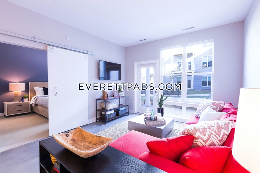 EVERETT - 3 Beds, 2 Baths - Image 1