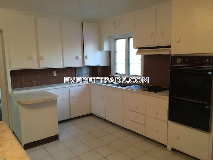 Everett - 4 Beds, 1 Bath - $2,850