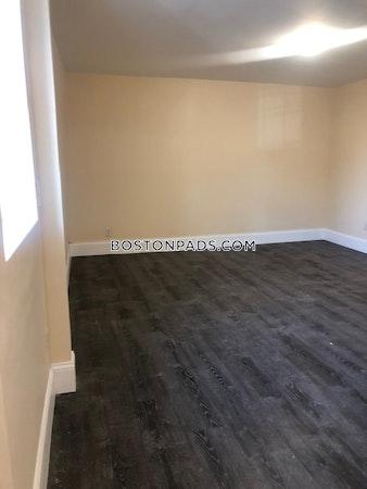 Lynn Apartment for rent 3 Bedrooms 1 Bath - $2,400