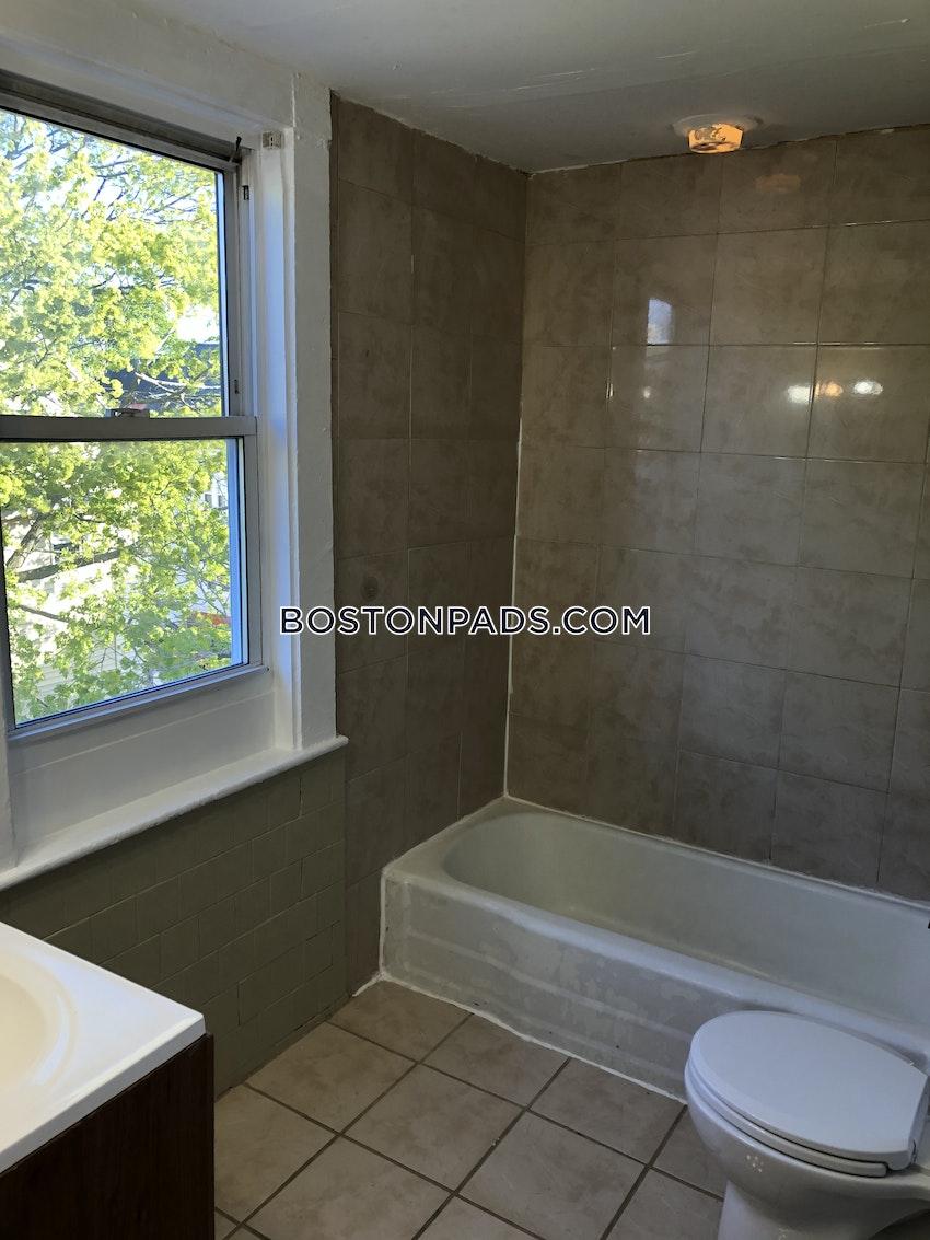 LYNN - 2 Beds, 1 Bath - Image 51