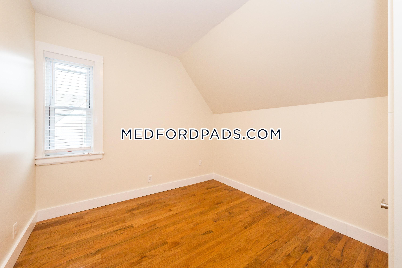 Medford Apartment For Rent 5 Bedrooms 4 Baths Magoun Square 4 600