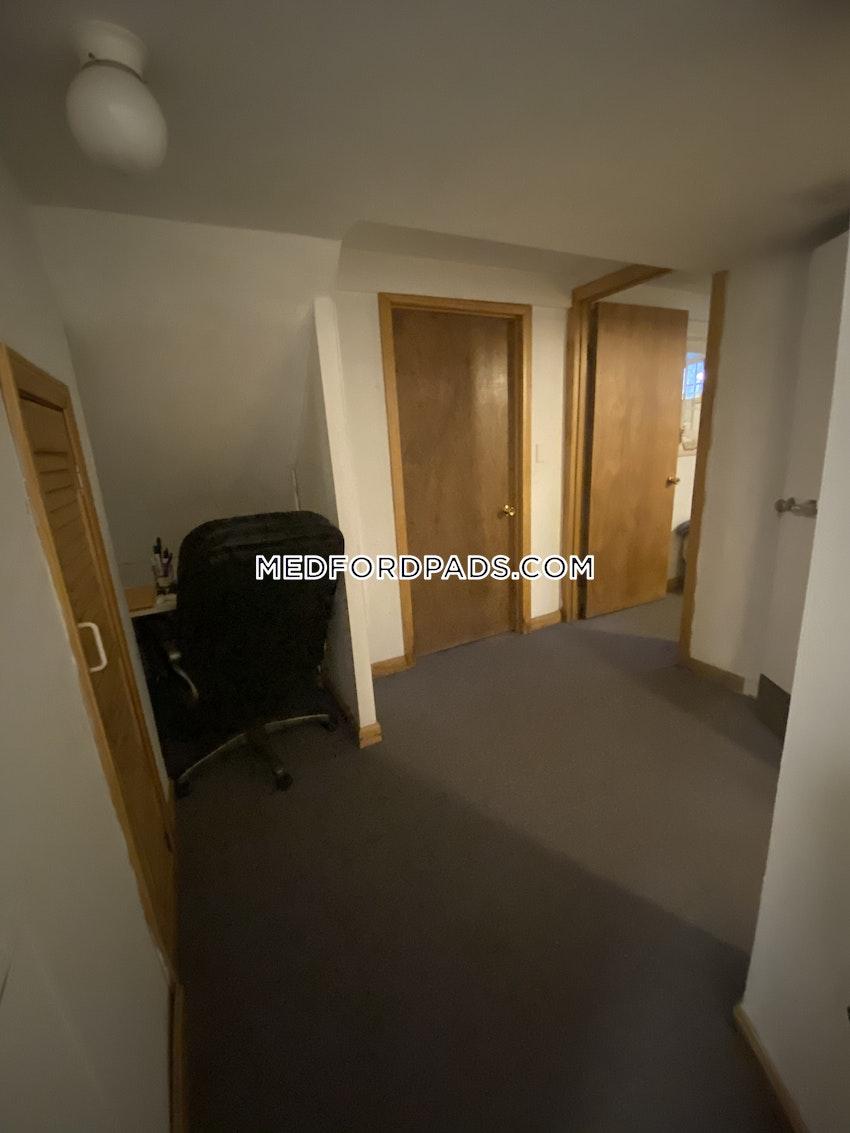MEDFORD - TUFTS - 1 Bed, 1 Bath - Image 11