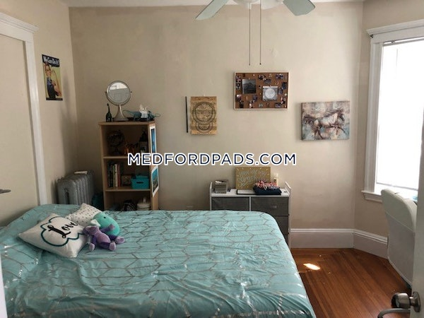 Medford 3 Beds 1 Bath  Tufts - $2,715