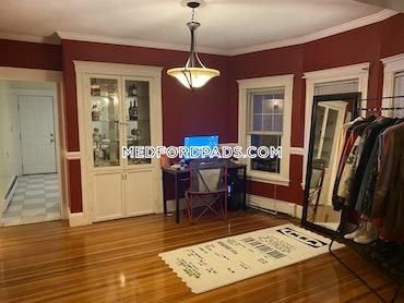 Tufts, Medford, MA - 5 Beds, 2 Baths - $2,500 - ID#527914