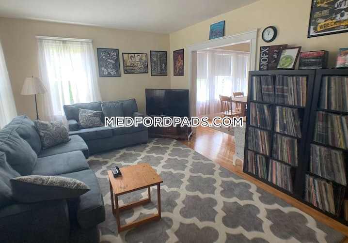 Medford - Tufts - 4 Beds, 1 Bath - $3,200