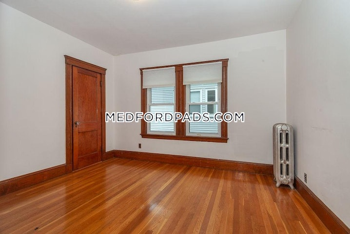 Medford - Tufts - 3 Beds, 1 Bath - $2,700