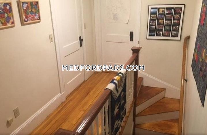 MEDFORD - TUFTS - 3 Beds, 2 Baths - Image 8