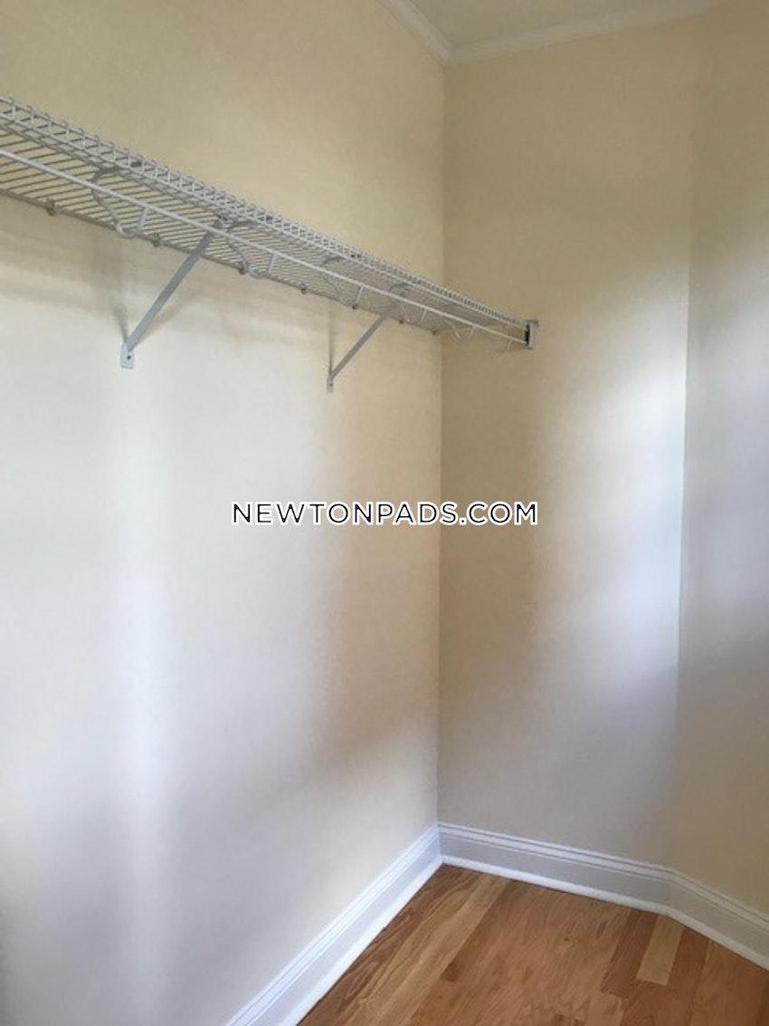 NEWTON - CHESTNUT HILL - 2 Beds, 1 Bath - Image 4