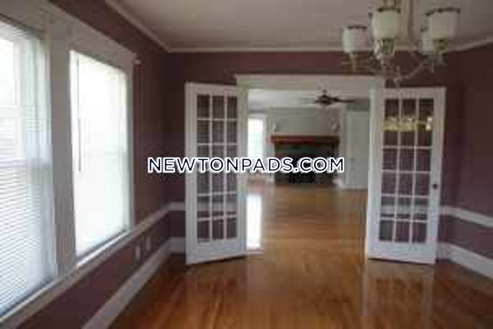 Newton - Chestnut Hill - 4 Beds, 2 Baths - $4,750