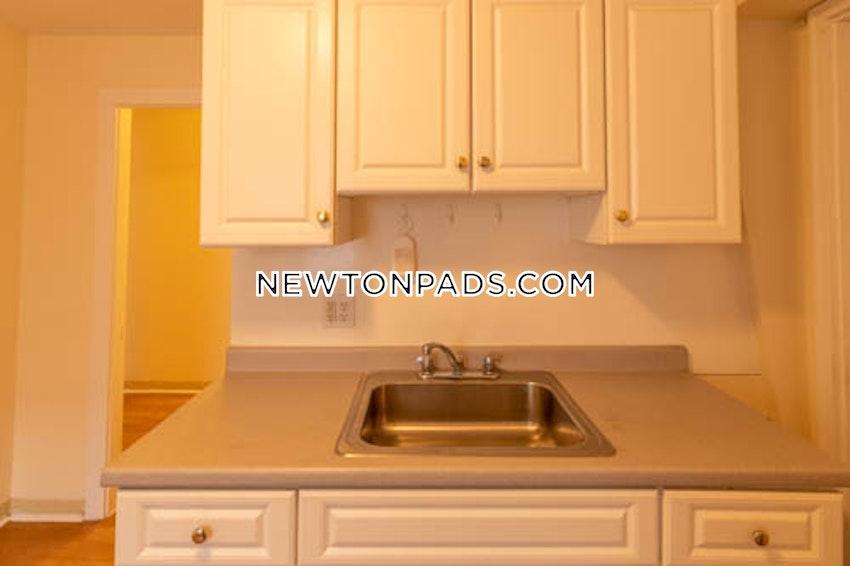 NEWTON - NEWTON HIGHLANDS - Studio , 1 Bath - Image 1