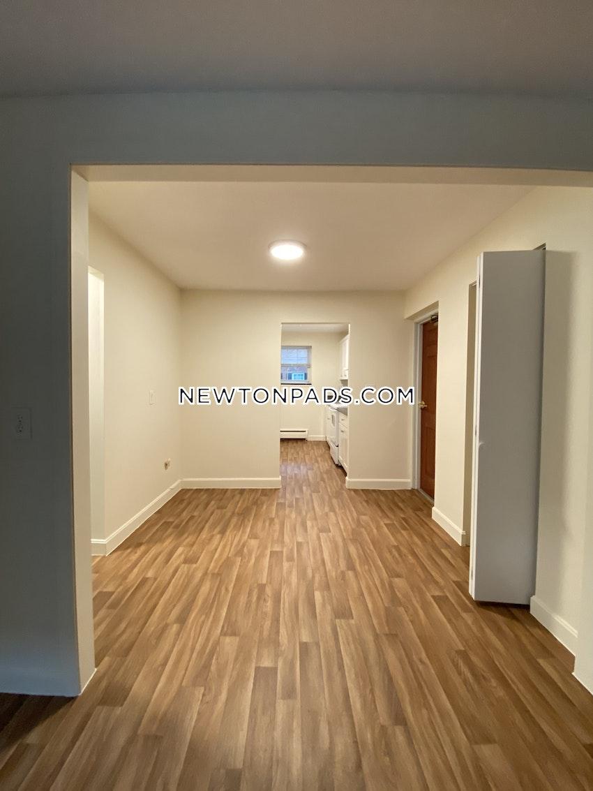 NEWTON - NEWTONVILLE - 1 Bed, 1 Bath - Image 9