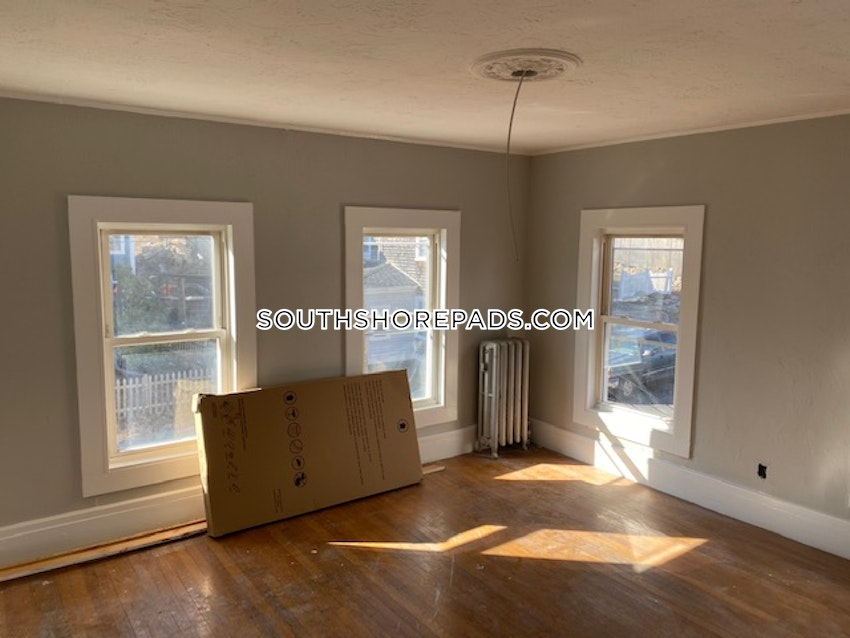 PLYMOUTH - 3 Beds, 1 Bath - Image 3