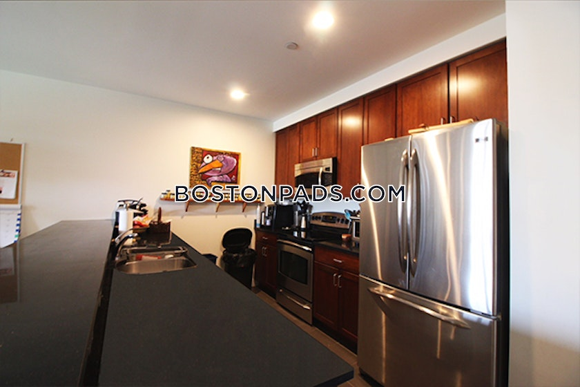 2 Bed Apartment For 2 100 Mo In Salem Boston Pads