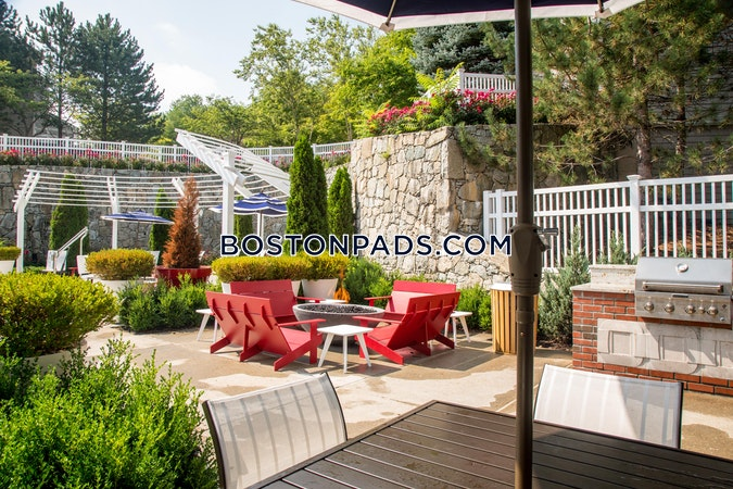 Saugus Apartment for rent 2 Bedrooms 2 Baths - $2,305