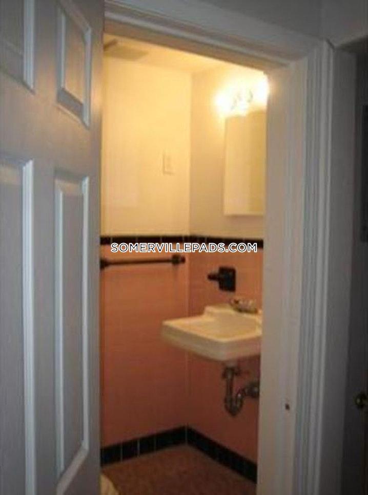 SOMERVILLE- DALI/ INMAN SQUARES - 2 Beds, 1 Bath - Image 5