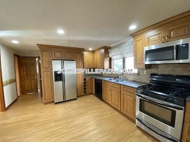Davis Square, Somerville, MA - 4 Beds, 2 Baths - $3,700 - ID#3823676
