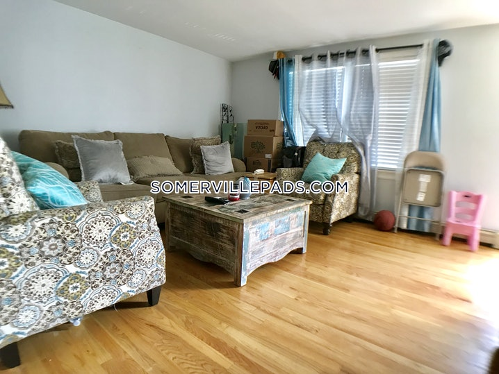 Somerville - East Somerville - 2 Beds, 1.5 Baths - $2,400