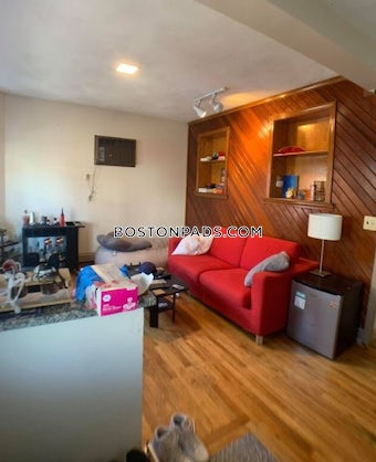 somerville-apartment-for-rent-3-bedrooms-1-bath-magounball-square-2850-3750349