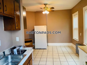 somerville-3-beds-1-bath-magounball-square-2100-3824269
