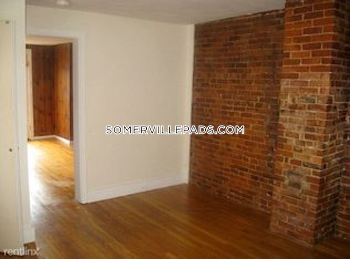 Somerville - Porter Square - Studio, 1 Bath - $2,000