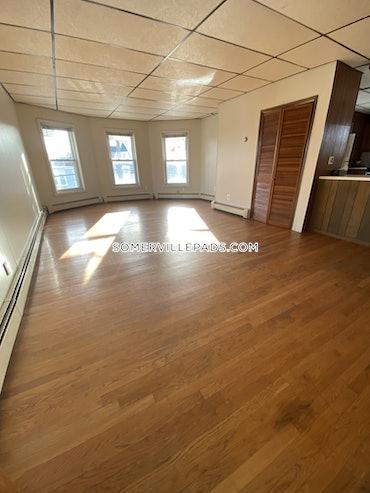 Winter Hill, Somerville, MA - 2 Beds, 1 Bath - $2,400 - ID#3825733