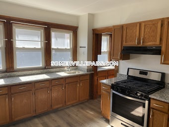 somerville-renovated-land-gorgeous-unit-5-beds-2-baths-spring-hill-4500-3753857