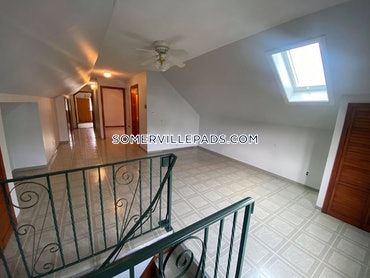 Tufts, Somerville, MA - 5 Beds, 2 Baths - $6,600 - ID#3825231