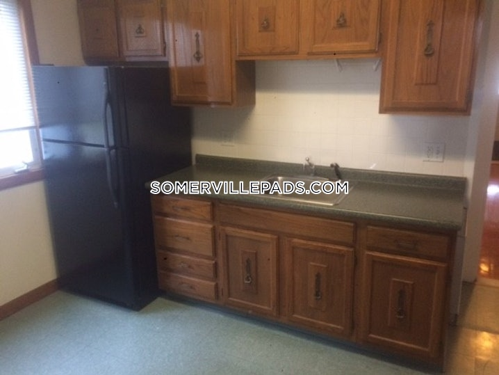 Somerville - Tufts - 3 Beds, 1 Bath - $3,000