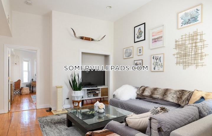 Somerville - Union Square - 2 Beds, 1 Bath - $3,000