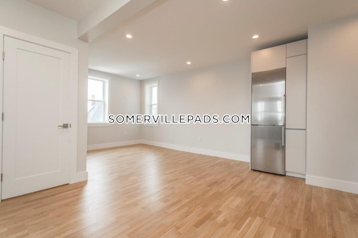 Somerville - Winter Hill - 1 Bed, 1 Bath - $2,500
