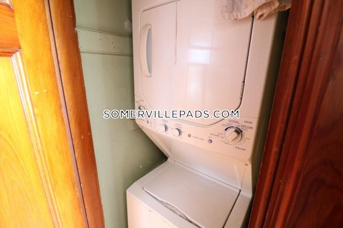 Somerville Spacious Somerville Duplex!  Winter Hill - $3,300