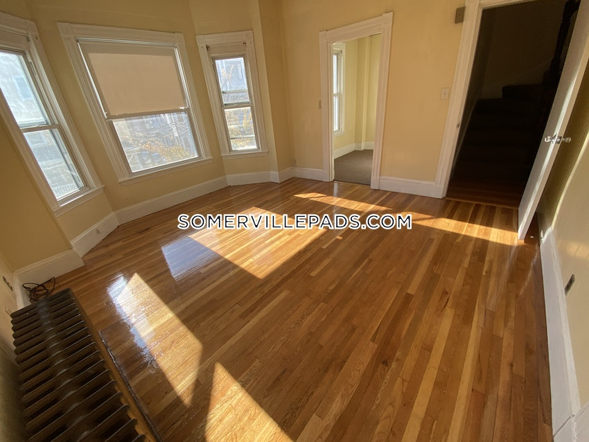 SOMERVILLE - WINTER HILL - 5 Beds, 1.5 Baths - Image 70
