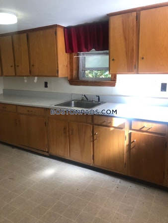 Wakefield Apartment for rent 2 Bedrooms 1 Bath - $1,650